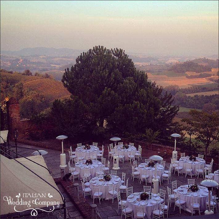 outdoor-wedding-reception-piemonte-castle