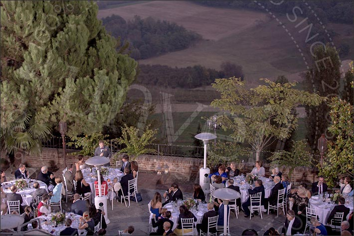 16_outdoor-wedding-reception-piemonte-castle