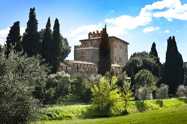 porrona_castle_country_wedding_venues_tuscany