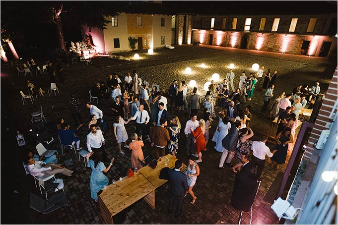 Wedding party in Langhe, Piemonte countryside