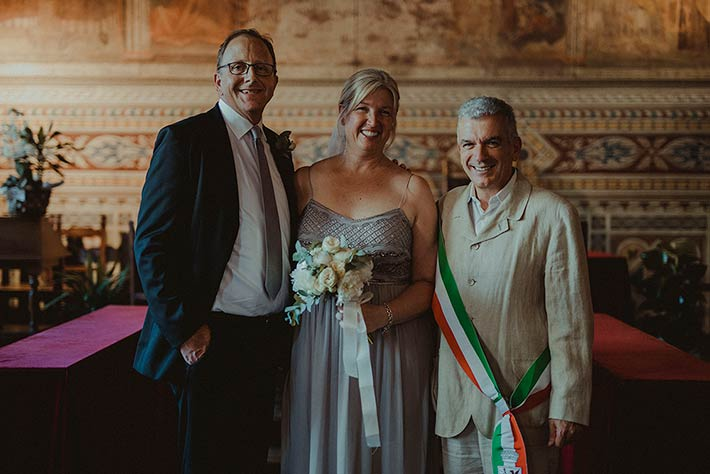 Civil ceremony in Volterra
