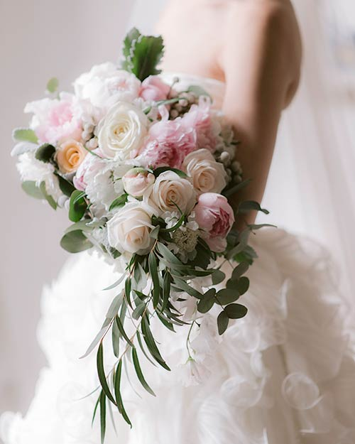 Bridal bouquet in Orvieto, Umbria