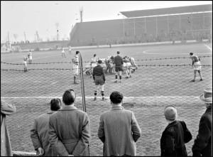 Find images # 11-1953 Brescia Vs Milan Rugby Scrum