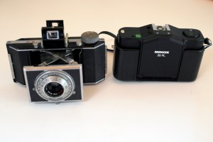 Dimensional comparison with the Minox 35