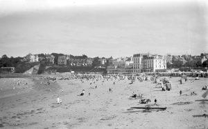 14 - Dinard beach