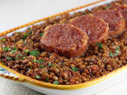Resultado de imagen de lentils italy new year