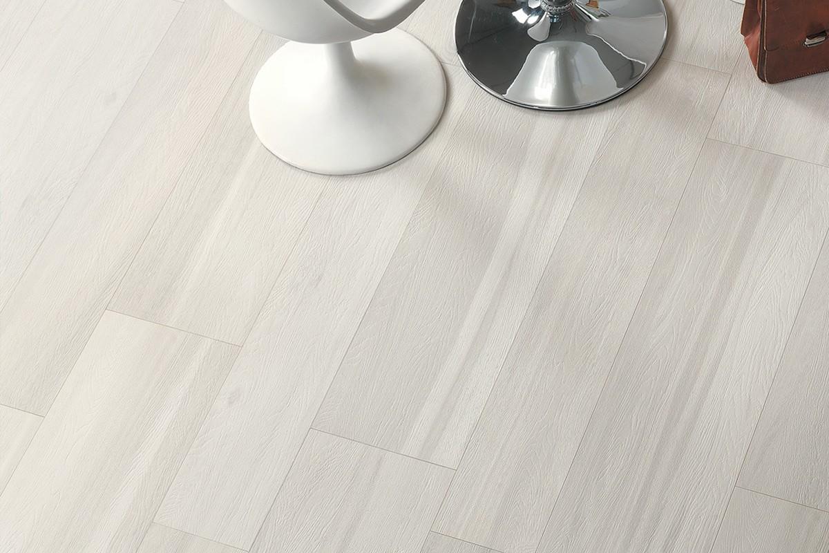 Gres porcellanato effetto legno Signum Larice Sbiancato 20x120