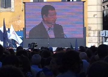 Il sindaco Ignazio Marino, appena eletto, ringrazia gli elettori. Foto: Giorgio Castore
