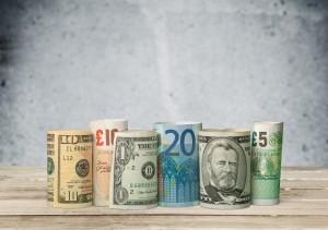 Trasferire soldi da Inghilterra a Italia e viceversa