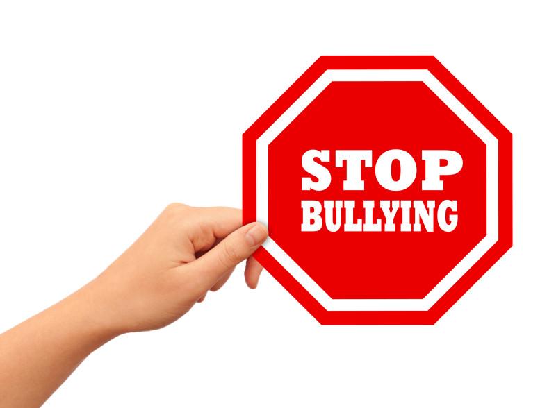 Bullisimo nelle scuole inglesi e su Internet: quello da sapere