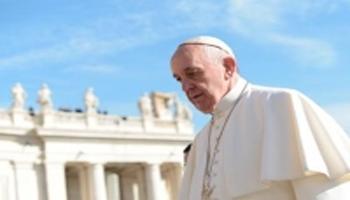 """Parigi, Papa Francesco: """"Questo non è umano"""""""
