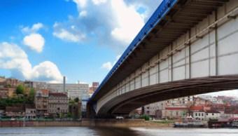 Belgrado - 21851134-522d-11e8-9b53-c3459fa6693f_ponte belgrado-k9t-U1110767313876E1F-1024x576@LaStampa.it - www-lastampa-it - 350X200