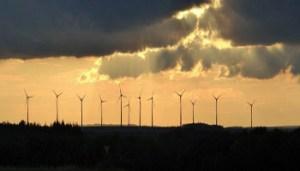 Energie Rinnovabili - Pale Eoliche - 1543348658193_1543348678.jpg--gli_eccessi_dell_ideologia_green - www-ilfoglio-it - 350X200