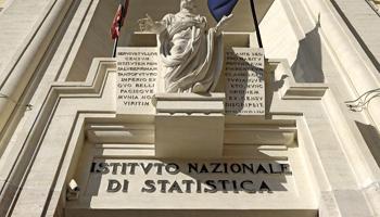 Istat, produzione industriale in calo dello 0,2% nel terzo trimestre