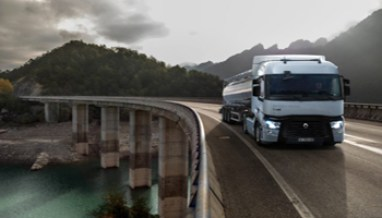 Camion-Renault-712x534 - www-panorama-auto-it - 350X200