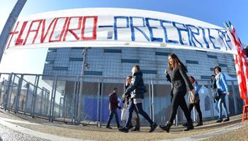 Italia, ultima in Europa per lo stipendio più basso ai giovani laureati