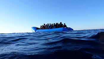 Migranti, i nuovi numeri che smontano la propaganda contro le Ong