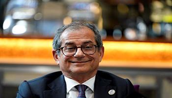 La Commissione Ue non apre la procedura per debito nei confronti dell'Italia. Spread a picco