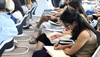Scuola, in dieci anni un milione di studenti in meno e metà dei docenti andranno in pensione