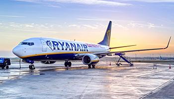 Ryan Air, voli sospesi fino a Luglio con 3 mila posti di lavoro a rischio