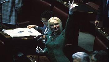 Da Cicciolina a Prodi, ripristinati i vitalizi tagliati: una bella staffilata ai demagoghi