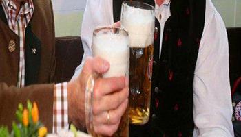 Sondaggio della Global King Survey sulle abitudini degli inglesi sul bere bevande