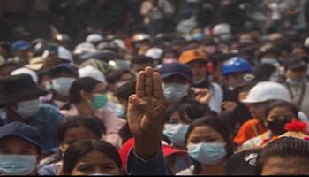 """Birmania, è il """"giorno della vergogna"""": salgono a cento i morti per la repressione delle proteste"""