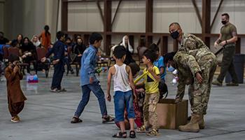 Oms: più di 500 tn forniture mediche bloccate fuori Afghanistan