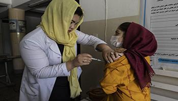I talebani vietano il vaccino anti-Covid. Timori dell'OMS per un aumento dei casi in Afghanistan
