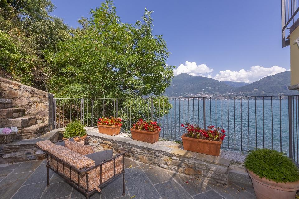 lakeside villa melody menaggio