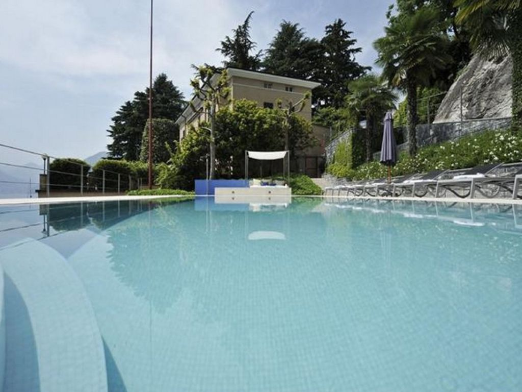 holiday villa lenno