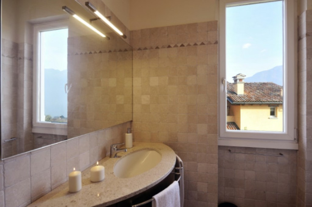 holiday apartment lake como