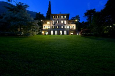 The 5* Villa by night