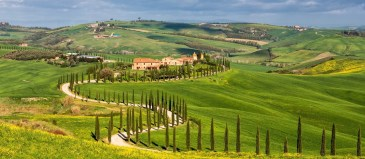 Countryside near Asciano, Tuscany, Italy