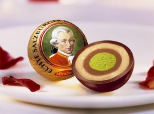 Campagna per la vaccinazione musicologica: immagine delle palle di Mozart di cioccolato