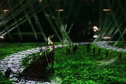 OLYMPICS-RIO-OPENING_olimpiadi rio 2016_elastici_movimento