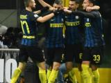I giocatori dell'Inter esultano dopo il gol di Candreva in Inter - Fiorentina al Meazza di Milano del 28 novembre 2016 (ph. Ansa / D. Dal Zennaro)