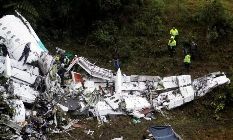 L'aereo caduto il 20 novembre 2016 in Colombia con a bordo la squadra di calcio brasiliana del Chapecoense vicino Medellin (ph. Reuters / Fredy Builes)