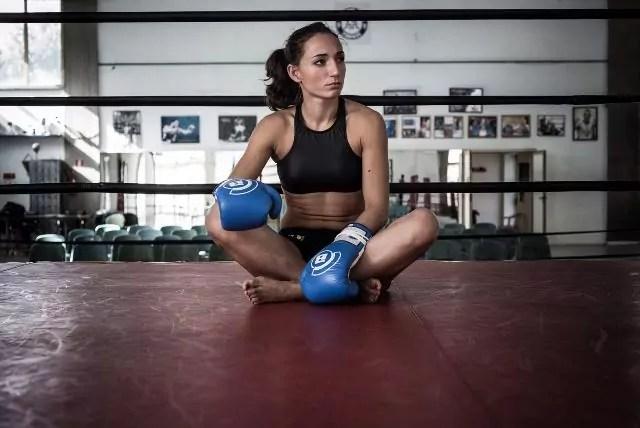 Gloria Peritore, campionessa di livello mondiale di kickboxing (ph. Niccolò Celesti).
