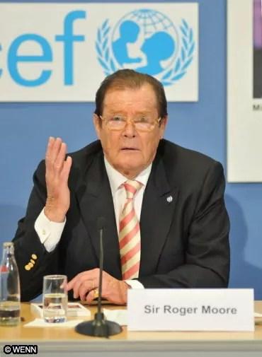 Roger Moore è stato dal 1991 ambasciatore Unicef.