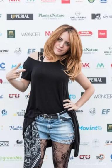 Claudia Megrè posa per noi prima dell'esibizione. Foto LentoFrancescoPaolo