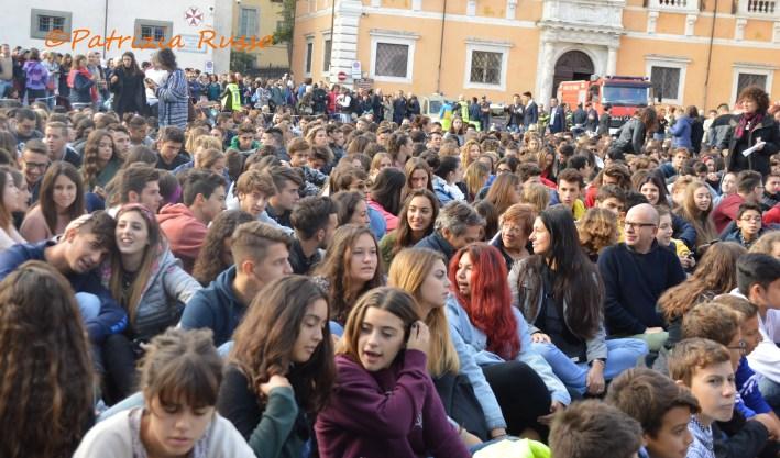 Almeno 3mila persone hanno partecipato all'incontro con il Dalai Lama a Pisa mercoledì 20 settembre (ph. In24 / P. Russo).