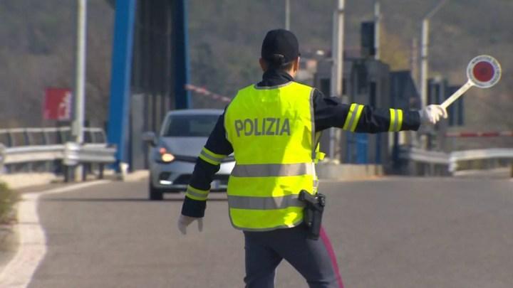 Controlli di polizia per l'emergenza sanitaria da Covi19 (ph. Min. Interno).