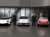 La Guardia di Finanza consegna al Museo dell'automobile di Torino un'intera collezione di auto di lusso e d'epoca, sequestrata ad un evasore.