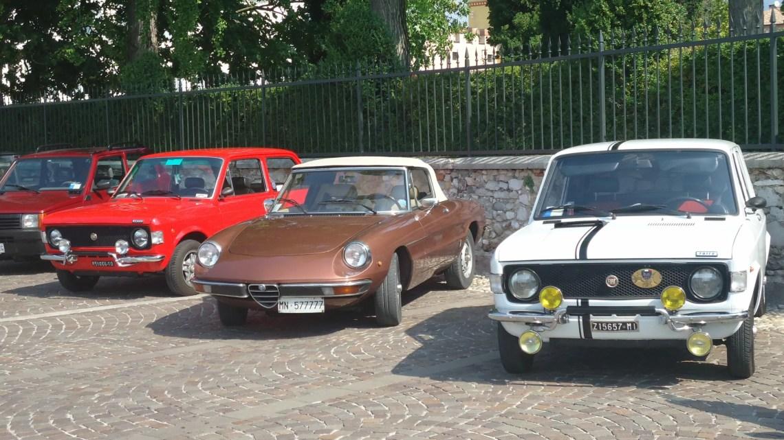 La 17esima Italian Classic Parade sul lungolago di Bardolino il 13 settembre 2020 (Ph. In24 / Carlo Carugati).