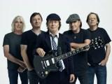 Gli AC/DC, i signori dell'Heavy Metal (ph. Josh Cheuse).