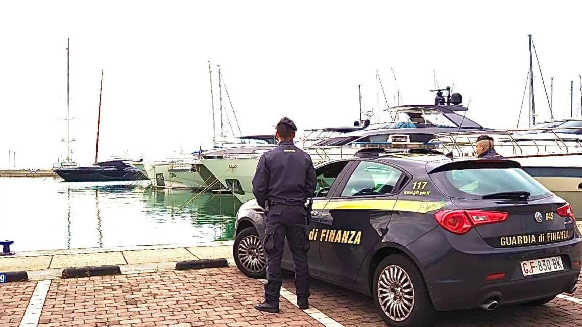 Operazione della Guardia di Finanza di Milano, sequestrato uno yacht da 1,5 milioni di euro.