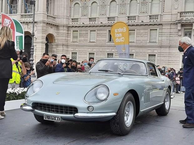 Ferrari 275 GTB 6C del 1965, berlinetta, carrozzeria Scaglietti su disegno di Pininfarina (foto C. Carugati / In24).