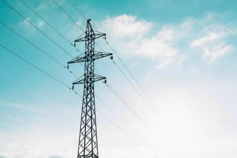 Energia, reti elettriche, alta tensione, elettricità (foto Pexels da Pixabay)