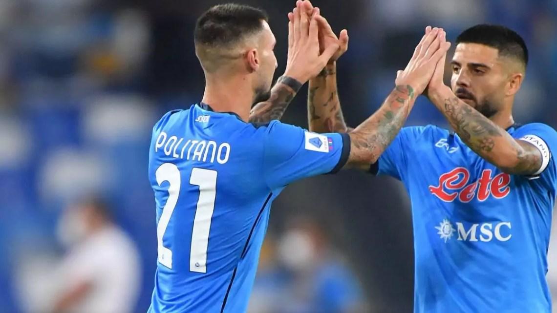 Napoli-Juventus: prima sbaglia Manolas, poi la Juventus si fa male da sola. Papera di Szczesny sul tiro di Politano; pasticcio di Kean su calcio d'angolo.